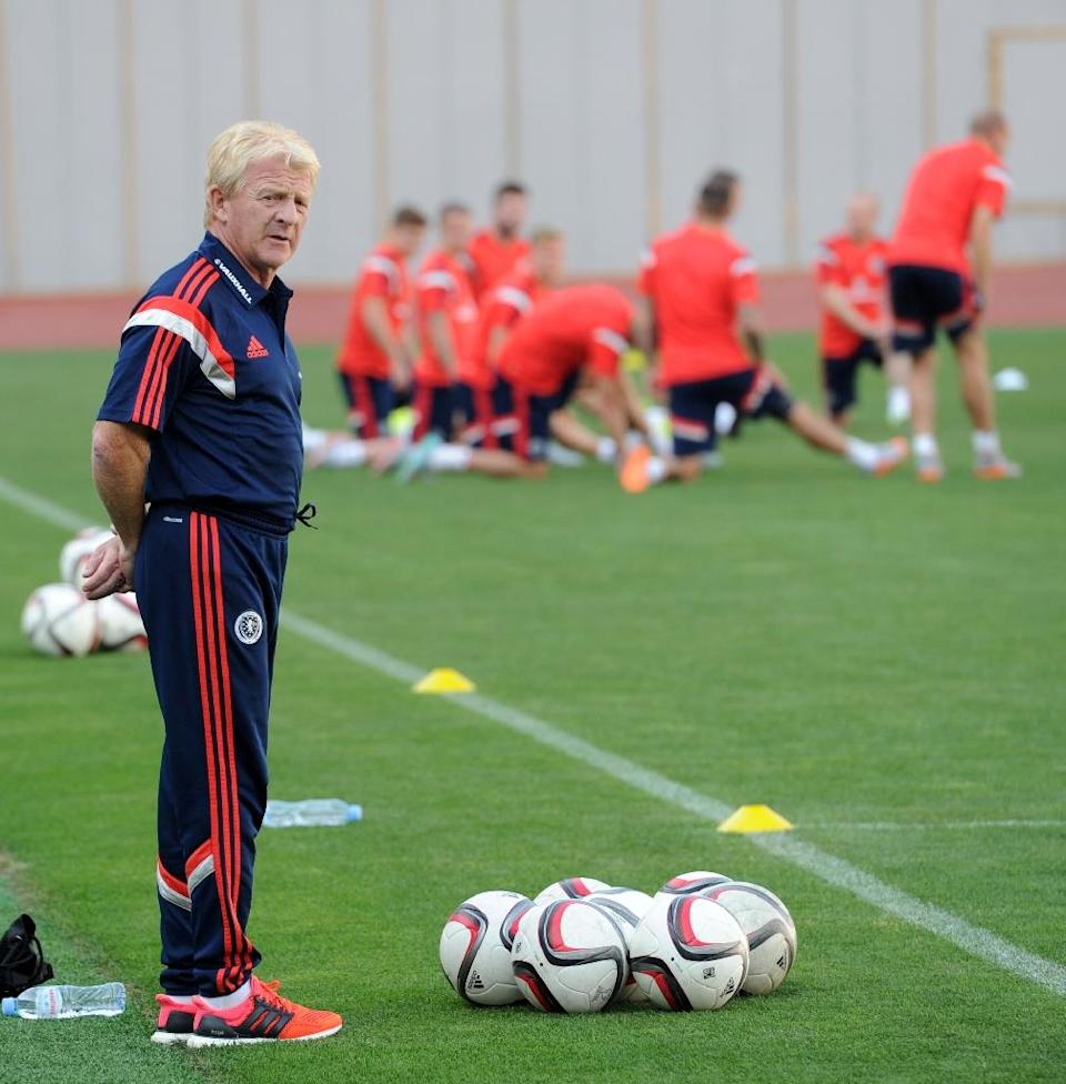 Scotland manager Gordon Strachan attends a training session on the eve of their Euro 2016 qualifying match against Georgia in Tbilisi on September 3, 2015 (AFP Photo/Vano Shlamov)