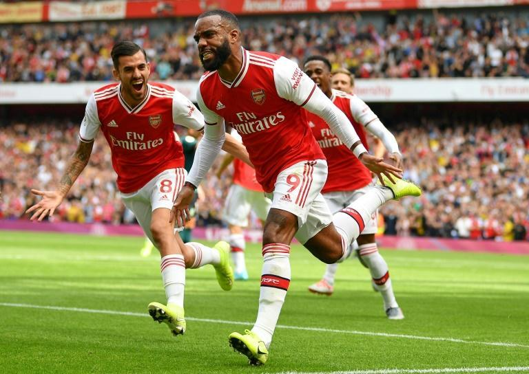 Arsenal can open up a five-point lead on Tottenham in Sunday's north London derby (AFP Photo/Daniel LEAL-OLIVAS)