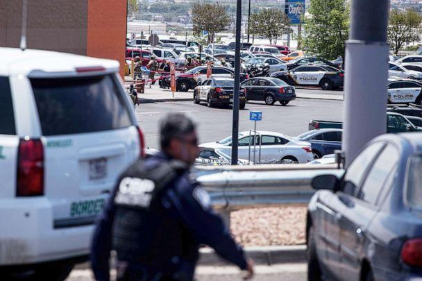 PHOTO: Law enforcement agencies respond to an active shooter at a Wal-Mart near Cielo Vista Mall in El Paso, Texas, Aug. 3, 2019. (Joel Angel Juarez/AFP/Getty Images)