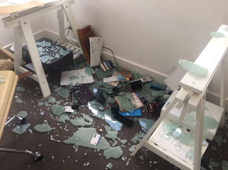 Samantha's IKEA desk spontaneously shattered. Photo: Facebook
