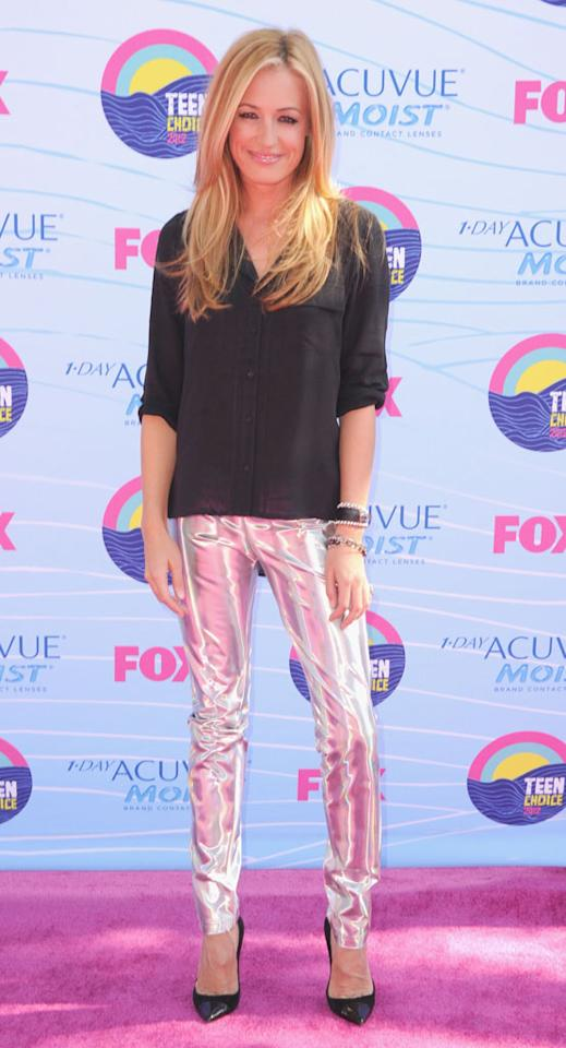 TV personality Cat Deeley arrives at the 2012 Teen Choice Awards at Gibson Amphitheatre on July 22, 2012 in Universal City, California.
