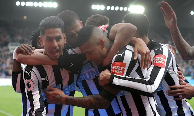 Ayoze Pérez celebrates scoring Newcastle's goal against Huddersfield.