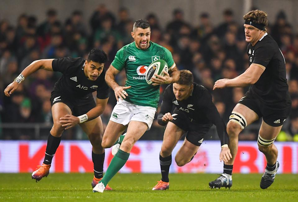Dublin , Ireland - 17 November 2018; Rob Kearney of Ireland evades the tackle from Beauden Barrett of New Zealand during the Guinness Series International match between Ireland and New Zealand at the Aviva Stadium in Dublin. (Photo By David Fitzgerald/Sportsfile via Getty Images)