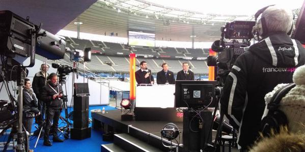 les coulisses de francetvsport au stade de france avant france angleterre le film de la journ e. Black Bedroom Furniture Sets. Home Design Ideas