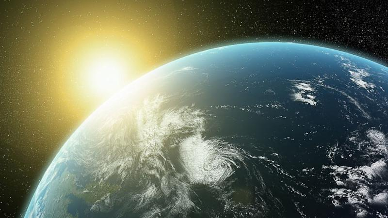 Quarter of Americans Convinced Sun Revolves Around Earth, Survey Finds