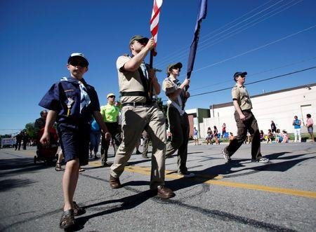 Mormon church pulls older teens out of Boy Scouts