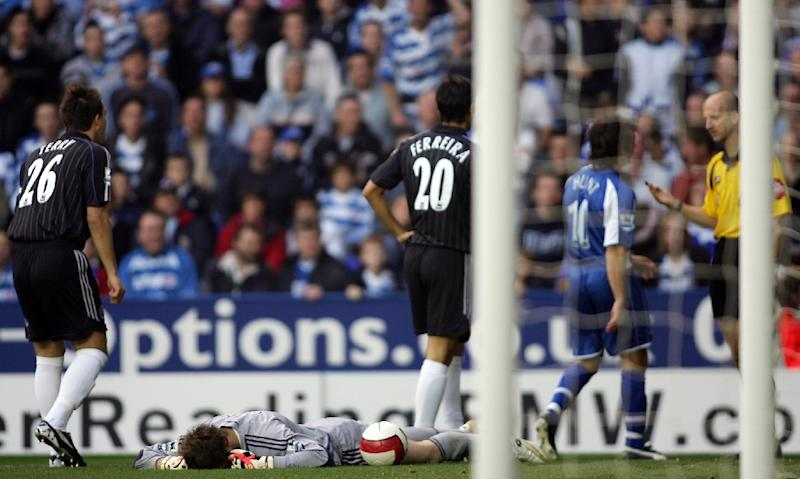 Petr Cech suffered a depressed skull fracture against Reading in 2006 (AFP Photo/ADRIAN DENNIS)