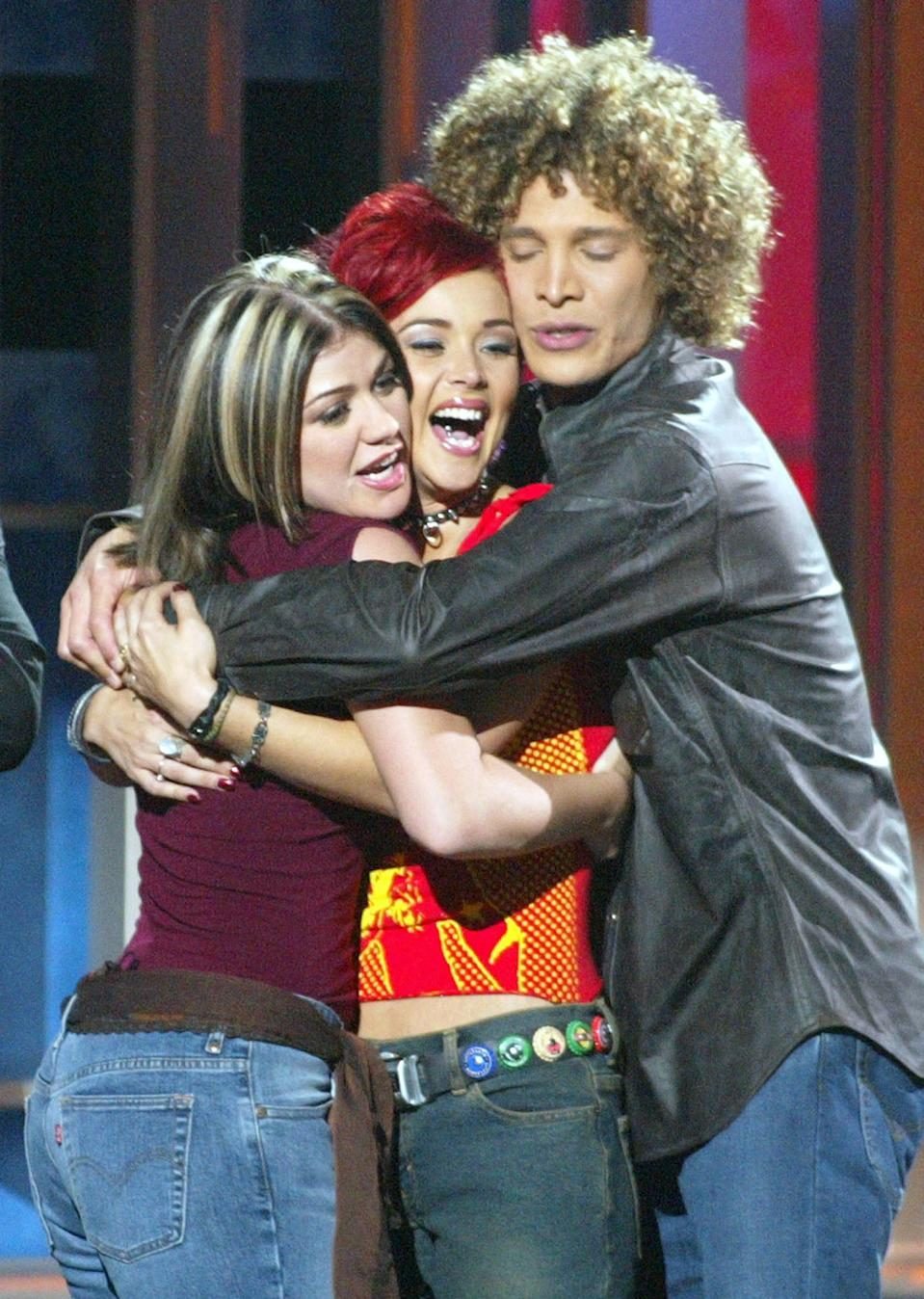Nikki McKibbin with Kelly Clarkson and Justin Guarini on 'American Idol' in 2002. (Photo: Kevin Winter/ImageDirect/FOX)