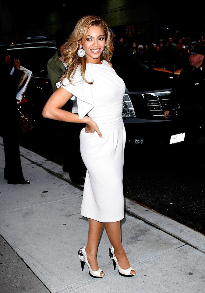 """Beyonce Knowles wowed audiences with her dress and vocal performance on Wednesday's """"Letterman,"""" proving that a widely circulated recording of her butchering """"If I Were A Boy"""" was indeed a hoax. Jeffrey Ufberg/<a href=""""http://www.wireimage.com"""" target=""""new"""">WireImage.com</a> - April 22, 2009"""