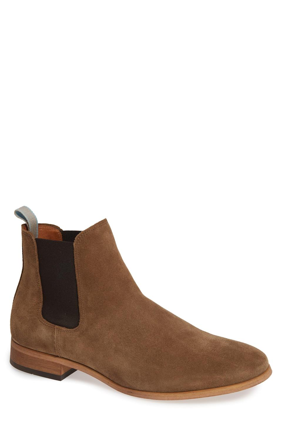"""<p><strong>SHOE THE BEAR</strong></p><p>nordstrom.com</p><p><strong>$120.00</strong></p><p><a href=""""https://go.redirectingat.com?id=74968X1596630&url=https%3A%2F%2Fwww.nordstrom.com%2Fs%2Fshoe-the-bear-dev-chelsea-boot-men%2F5184218&sref=https%3A%2F%2Fwww.esquire.com%2Fstyle%2Fmens-fashion%2Fg28186249%2Fbusiness-casual-shoes%2F"""" rel=""""nofollow noopener"""" target=""""_blank"""" data-ylk=""""slk:Shop Now"""" class=""""link rapid-noclick-resp"""">Shop Now</a></p><p>Second only to the desert boot in the business casual spectrum is the mighty Chelsea boot. Whether dressing up or dressing down, this style consistently walks the line with aplomb. </p>"""