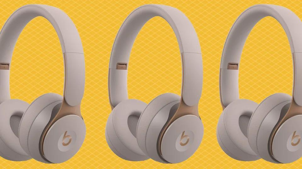 Get these Beats beauties for half price right now! (Photo: Walmart)