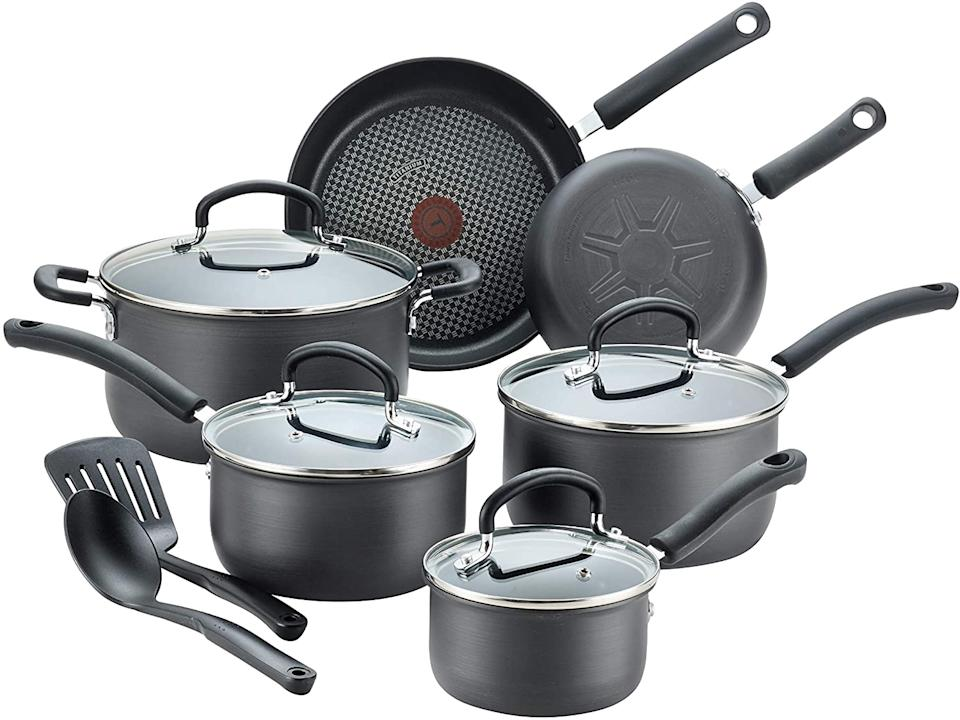 T-fal E765SC Ultimate Hard Anodized Nonstick 12-Piece Cookware Set