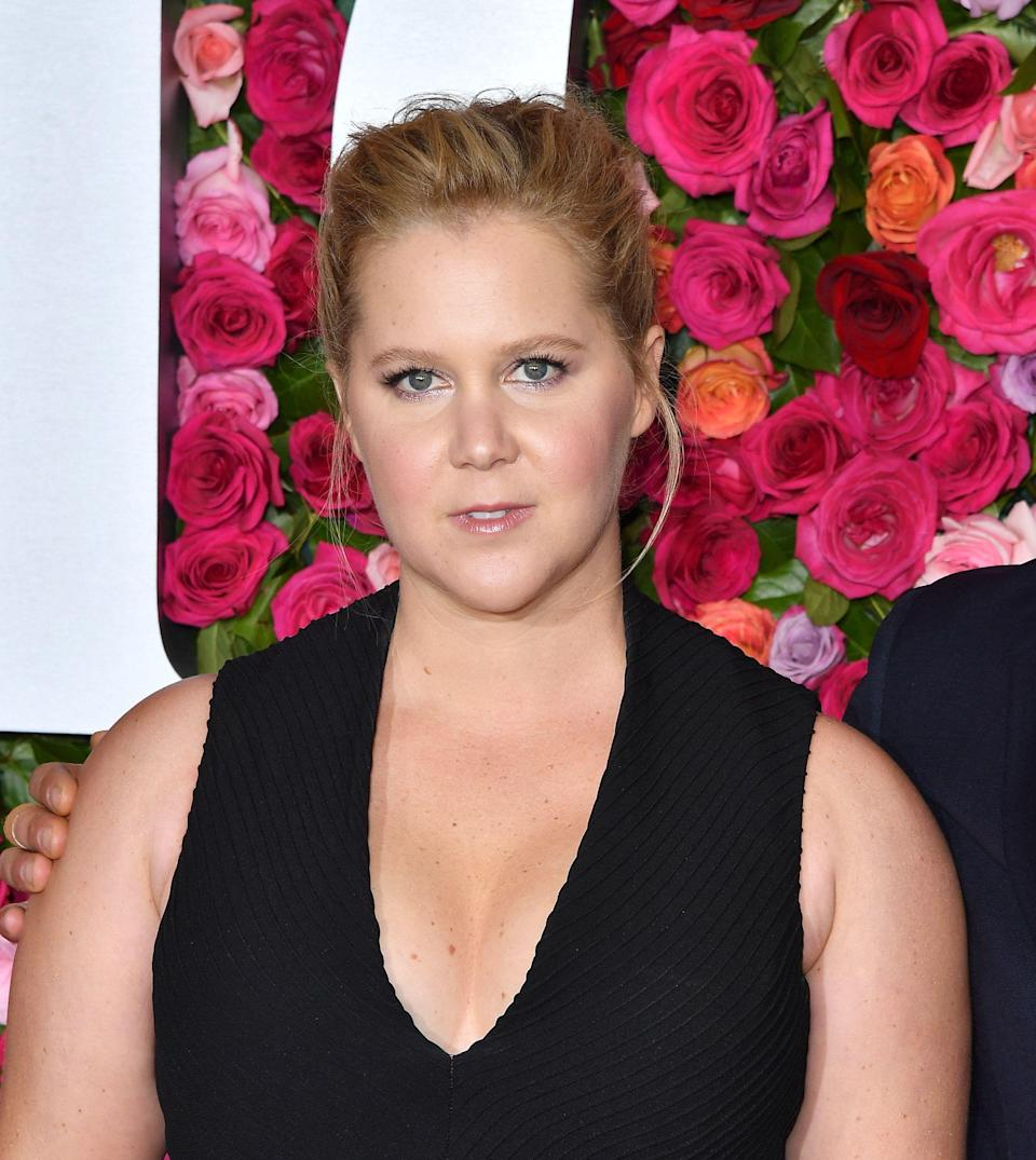 US actress Amy Schumer attends the 2018 Tony Awards - Red Carpet at Radio City Music Hall in New York City on June 10, 2018 . (Photo by ANGELA WEISS / AFP)        (Photo credit should read ANGELA WEISS/AFP/Getty Images)
