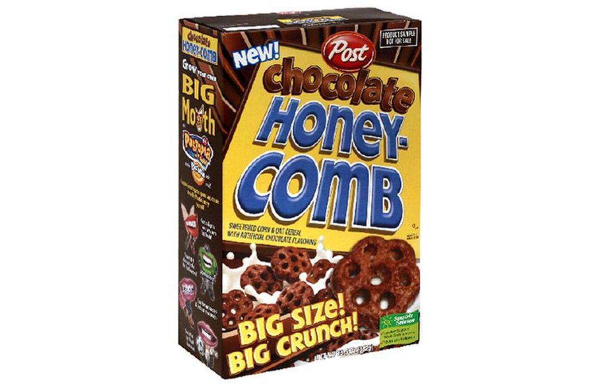 """<p>Post's Honeycomb cereal has always been shaped like little honeycombs and contained honey. However, the brand took things to another level in 2006 when they debuted the offshoot Chocolate Honeycomb (made with even bigger pieces). Unfortunately, this spinoff didn't last, just like these <a href=""""https://www.thedailymeal.com/eat/best-discontinued-snack-foods-decade-you-were-born-gallery?referrer=yahoo&category=beauty_food&include_utm=1&utm_medium=referral&utm_source=yahoo&utm_campaign=feed"""">discontinued snack foods</a>.</p>"""