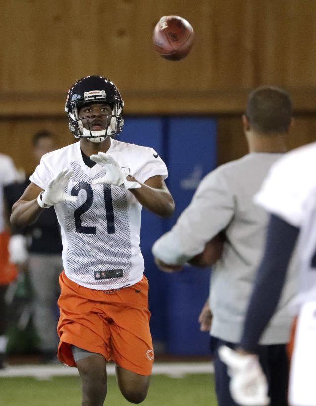 Chicago Bears defensive back Michael Joseph catches a pass during the NFL football team's rookie minicamp Friday, May 11, 2018, in Lake Forest, Ill. (AP Photo/Nam Y. Huh)