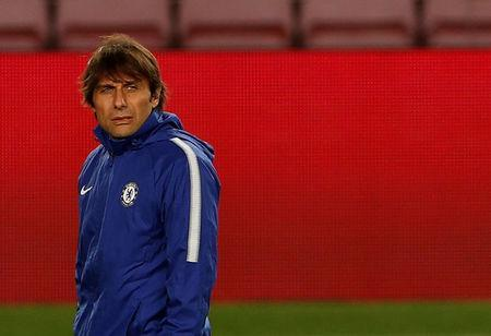 FILE PHOTO - Soccer Football - Champions League - Chelsea Training - Camp Nou, Barcelona, Spain - March 13, 2018 Chelsea manager Antonio Conte during training Action Images via Reuters/Lee Smith
