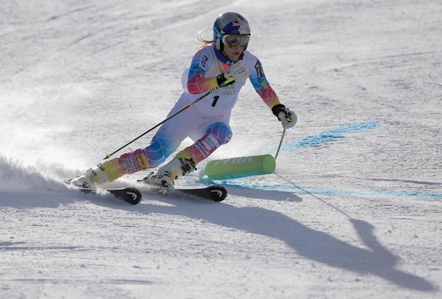VAIL, CO - NOVEMBER 08: Lindsey Vonn of the U.S. Alpine Ski Team takes the first run to set the pace on the EpicMix Racing Course at Golden Peak on November 8, 2013 in Vail, Colorado. (Photo by Doug Pensinger/Getty Images)