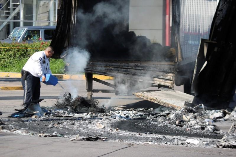 Shocked by cartel firefight, Mexico's Culiacan seeks return to normality