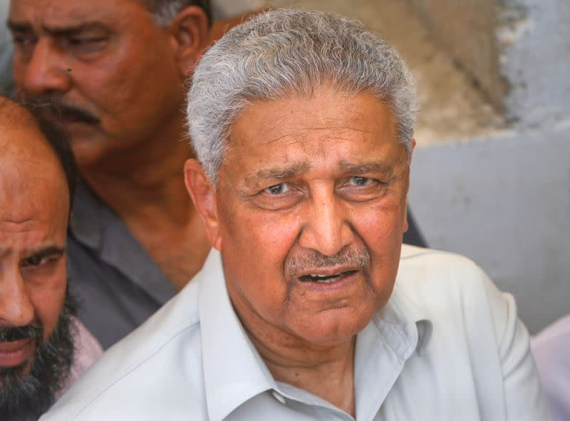 Architect of Pakistan's nuclear weapons programme tells court he is 'kept prisoner'