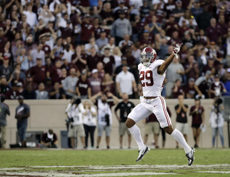 Minkah Fitzpatrick wins Jim Thorpe Award and Bednarik Award