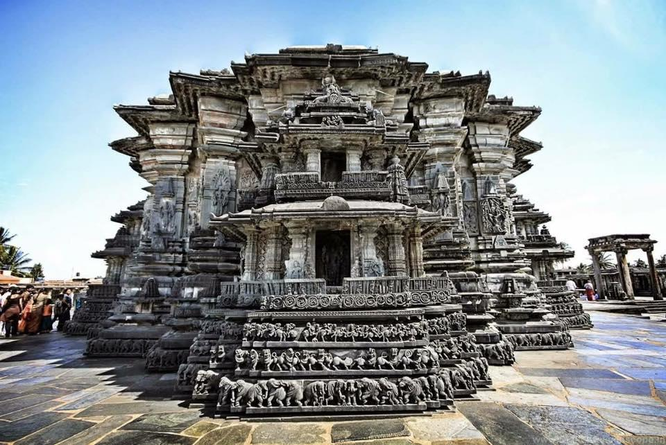 <p>This 13<sup>th</sup> century temple in Somnathapura, Karnataka is a spectacular illustration of the style of architecture that had developed under Hosayla Dynasty, and came to be known as Hosayla Architecture. Enclosed by a pillared corridor, the main structure sits atop a star-shaped platform that forms the base of three sanctum, <em>garb-griha</em>, as you may call it in Hindi. The intricacies elaborated on the walls will keep you invested for hours at stretch, and so will the idols adorned with necklace, earring, bracelets, armlets, garlands and more. </p>