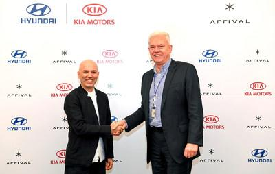 (from the right) On January 16, Albert Biermann, President and Head of Research and Development Division for Hyundai Motor Group, and Denis Sverdlov, CEO of Arrival, signed an agreement to invest in joint development of electric vehicles at Hyundai Motor Group's headquarters in Seoul.