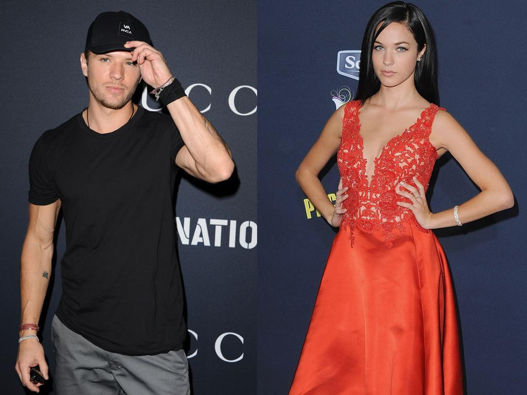 Ryan Phillippe and Alexis Knapp. (Photo: Getty Images)