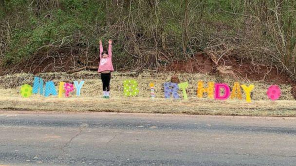 PHOTO: Piper Franklin's friends made her a parade after her birthday party was canceled due to social distancing on March 20, 2020, in Montgomery County, Md. (Courtesy Amanda Hunt Franklin)