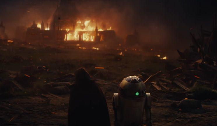 Luke and R2-D2 appear together in The last Jedi - Credit: Lucasfilm