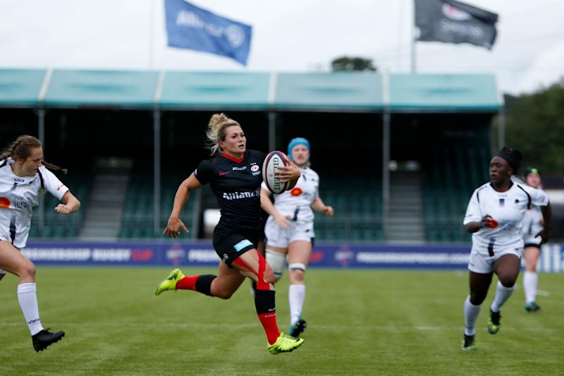 Vicky Fleetwood scored twice in Saracen's 55-3 victory over Worcester at Allianz Park