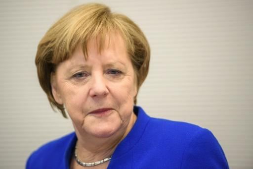 <p>Merkel risks leading weak 'losers' coalition for Germany</p>