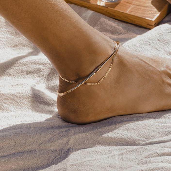 "<p>""Not only is Jenny Bird's collection beautifully crafted and made to last, but she also focuses on philanthropy as part of her company's philosophy. Check out the site to learn more about partnerships with Dress For Success and The Pin Project, and scoop up my favorite <span>Elli Mariner Chain Anklet</span> ($70)."" - DAC</p>"