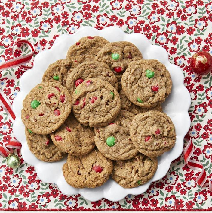"""<p>Keep this festive cookie dough in your freezer during the busy holiday season, then when you need a treat, just slice, bake, and eat! It's so easy! </p><p><a href=""""https://www.thepioneerwoman.com/food-cooking/recipes/a34577319/holiday-slice-and-bake-cookies/"""" rel=""""nofollow noopener"""" target=""""_blank"""" data-ylk=""""slk:Get Ree's recipe."""" class=""""link rapid-noclick-resp""""><strong>Get Ree's recipe.</strong></a></p>"""