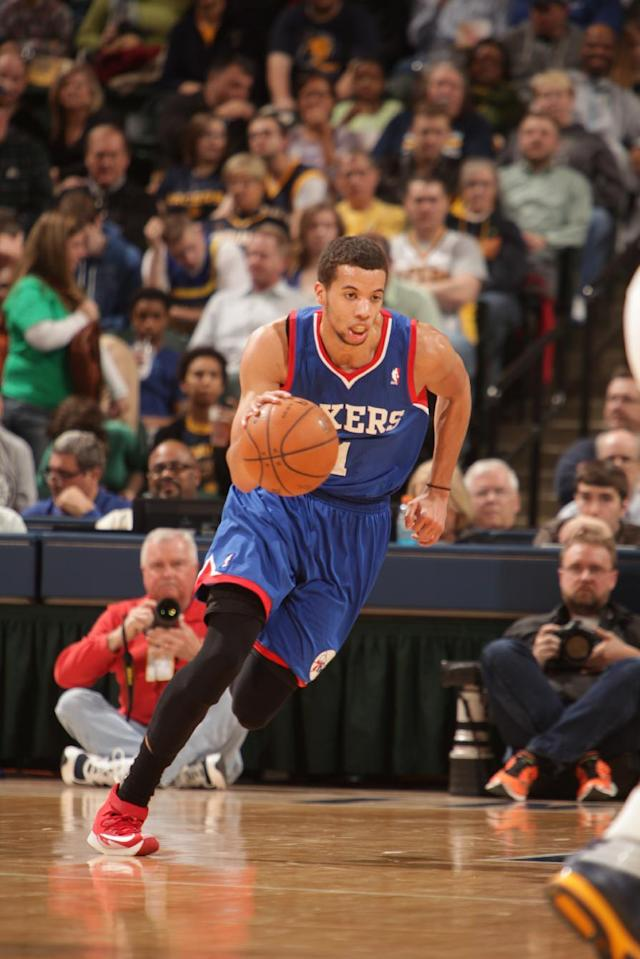 INDIANAPOLIS - MARCH 17: Michael Carter-Williams of the Philadelphia 76ers handles the ball against the Indiana Pacers at Bankers Life Fieldhouse on March 17, 2014 in Indianapolis, Indiana. (Photo by Ron Hoskins/NBAE via Getty Images)
