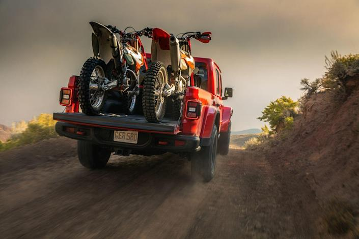 """<p>The kind with two live axles. It's just not the monstrously big kind. It's what they call a mid-size, which means next to nothing since <a href=""""https://www.caranddriver.com/reviews/comparison-test/a15094315/2017-chevrolet-colorado-4wd-vs-honda-ridgeline-awd-comparison-test/"""" rel=""""nofollow noopener"""" target=""""_blank"""" data-ylk=""""slk:there are no mid-size trucks"""" class=""""link rapid-noclick-resp"""">there are no mid-size trucks</a>.</p>"""
