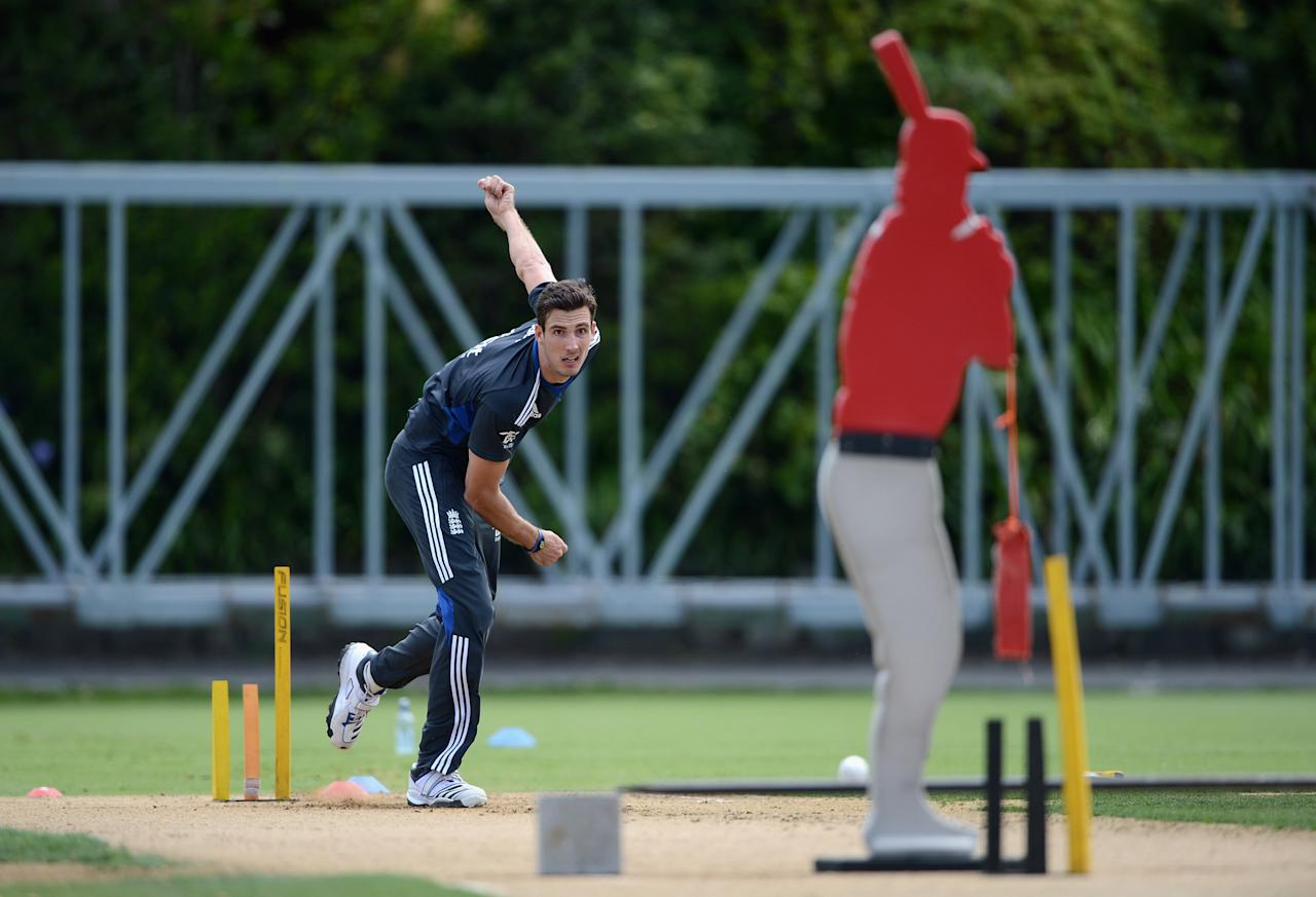 AUCKLAND, NEW ZEALAND - FEBRUARY 08:  Steven Finn of England bowls during an England nets session at Eden Park on February 8, 2013 in Auckland, New Zealand.  (Photo by Gareth Copley/Getty Images)