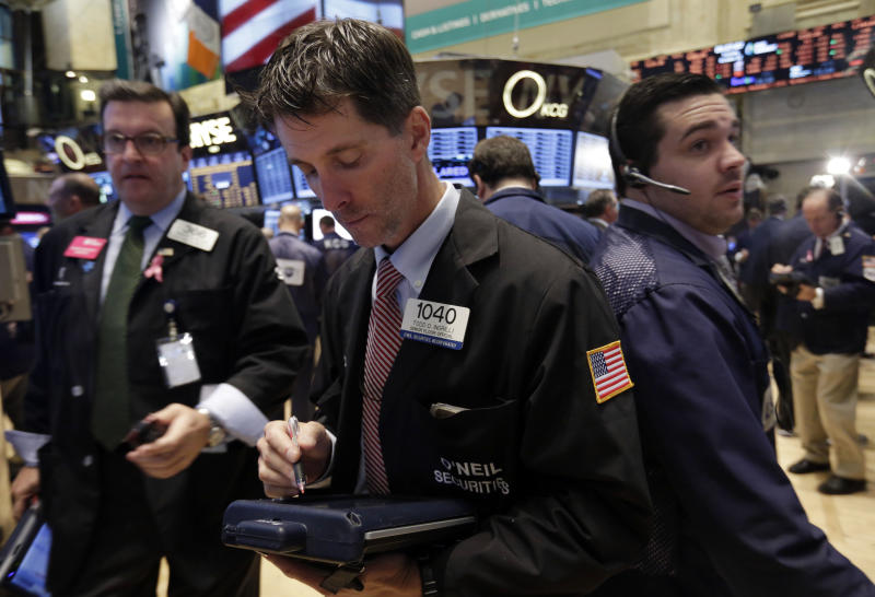 S&P 500 closes at record for fourth straight day