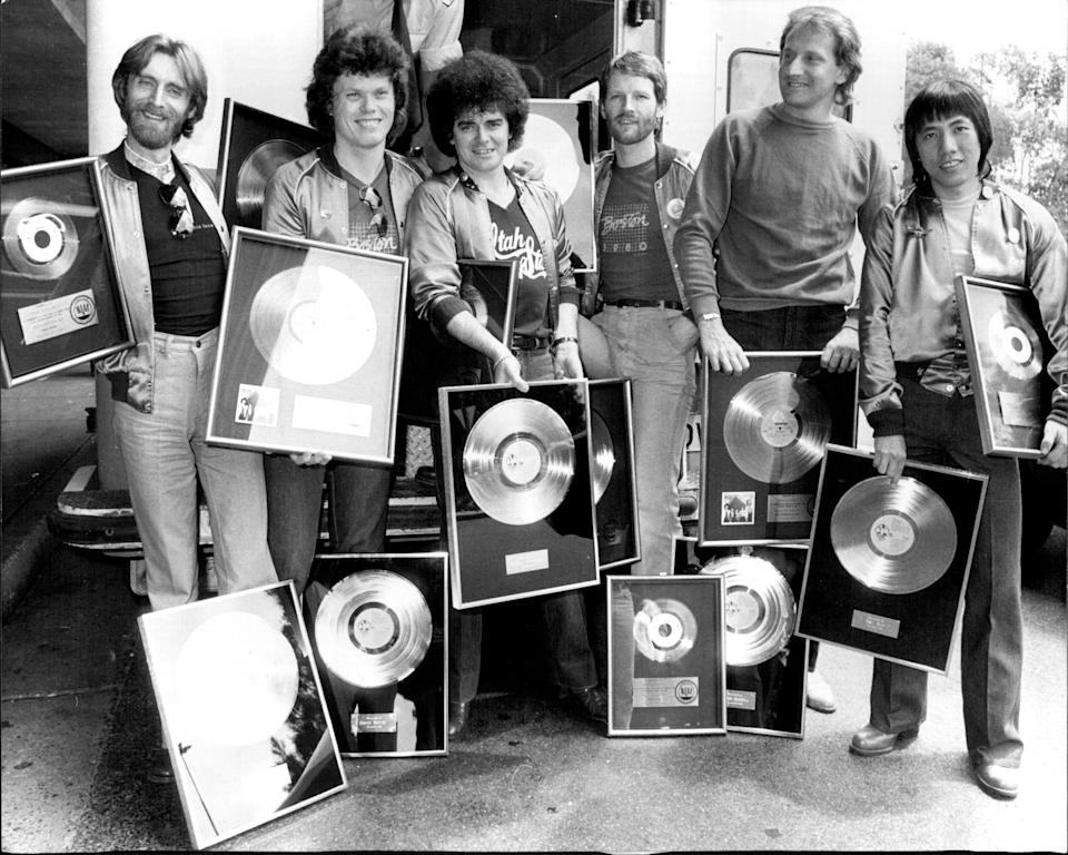 Air Supply in 1980. L to R: Frank Esler-Smith, David Moyse, Russell Hitchcock, David Green, Graham Russell, Rex Goh. They brought back 14 gold record and Liere presented with another 7 on arrival. December 1, 1980. (Photo: Antony Matheus Linsen/Fairfax Media via Getty Images).