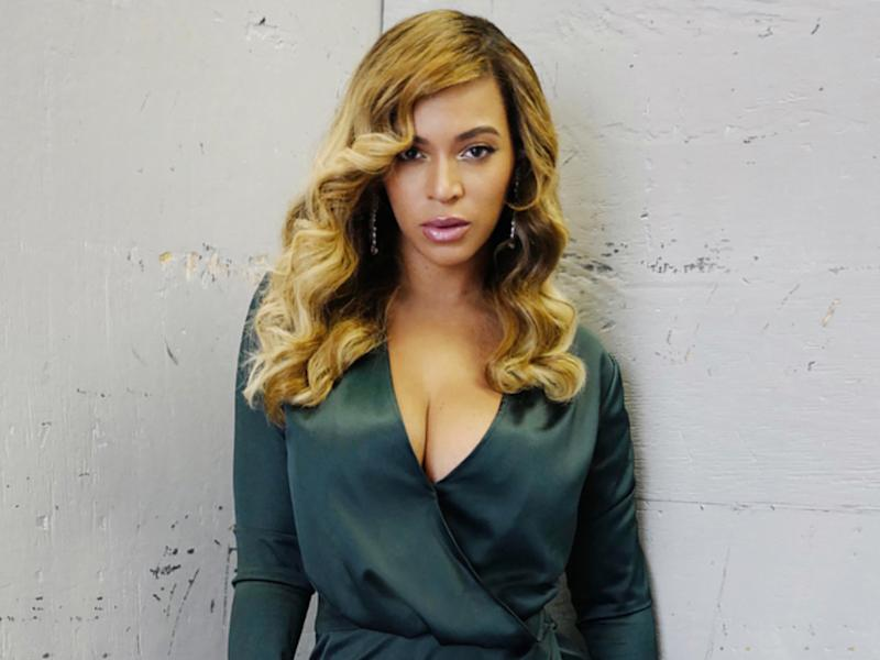 Beyoncé Just Did the Most Epic Hair-Flip of All Time