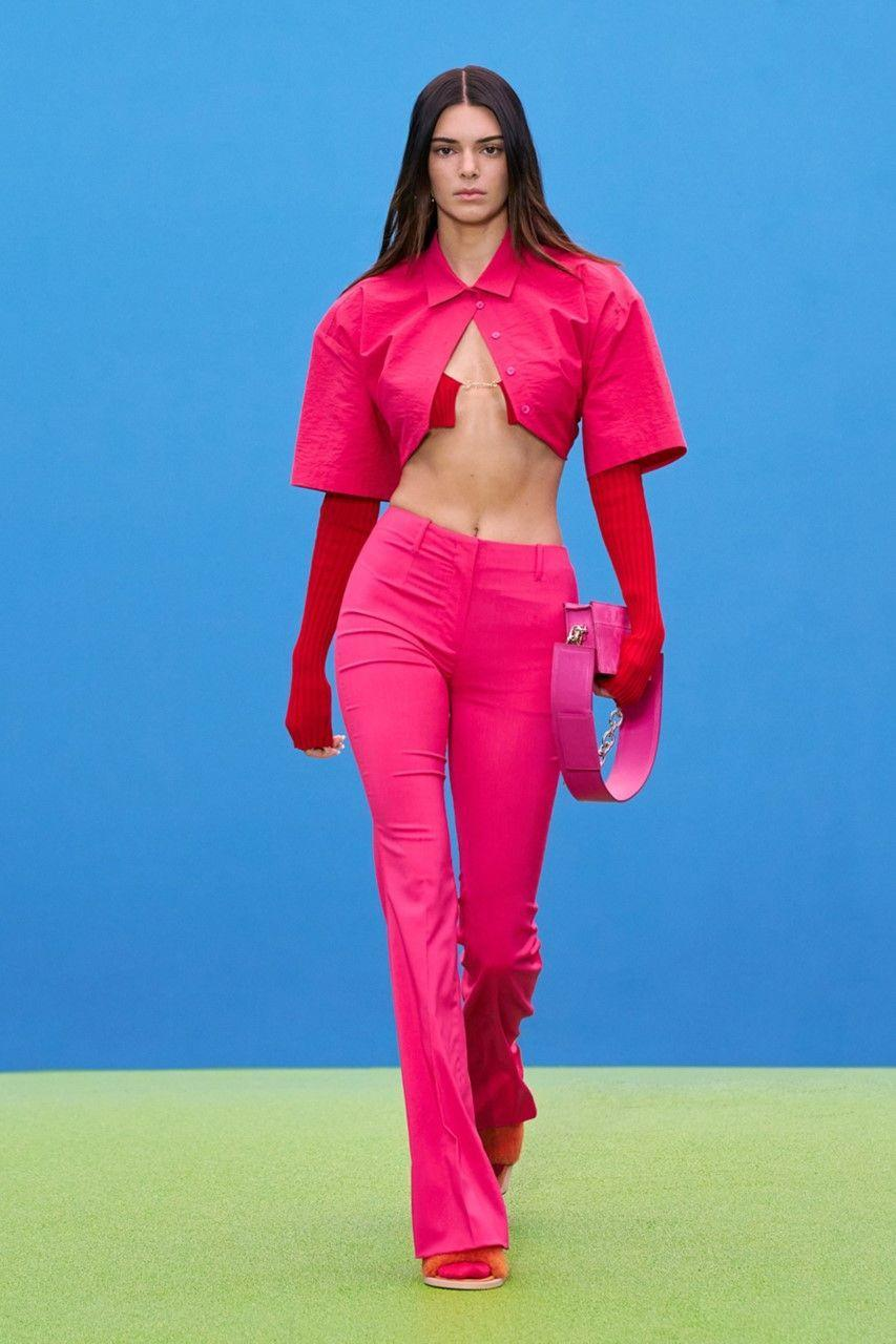 """<p>After a year's hiatus, supermodel Kendall Jenner made a triumphant return to the runway at Jacquemus' 'La Montagne' show in Paris. After having previously discussed<a href=""""https://www.elle.com/uk/life-and-culture/culture/news/a41695/kris-jenner-kendall-jenners-panic-attack-in-fashion-week/"""" rel=""""nofollow noopener"""" target=""""_blank"""" data-ylk=""""slk:the anxiety she suffers during fashion weeks"""" class=""""link rapid-noclick-resp""""> the anxiety she suffers during fashion weeks</a>, the 25-year-old stormed the catwalk in hot pink and red, celebrating her appearance in the show on <a href=""""https://www.instagram.com/p/CQwfOHjjPiI/"""" rel=""""nofollow noopener"""" target=""""_blank"""" data-ylk=""""slk:Instagram with the caption"""" class=""""link rapid-noclick-resp"""">Instagram with the caption</a>: 'good to be back!'</p>"""