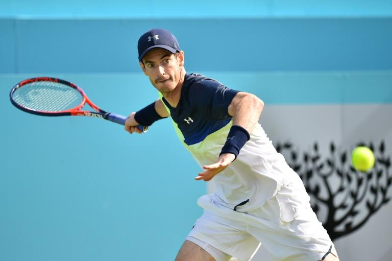 Andy Murray couldn't make a winning return against Nick Kyrgios at Queen's Club