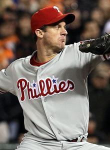 Roy Oswalt's inning of relief pitching for the Phillies smacked of desperation
