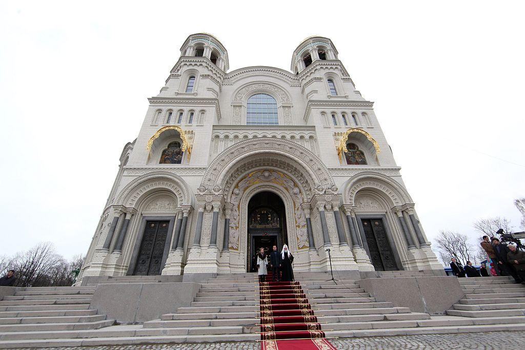 The recently restored and renovated Naval Cathedral of Saint Nicholas in Kronstadt near St Petersburg, Russia.