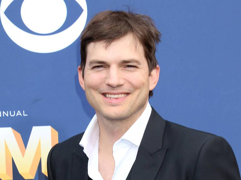 Ashton Kutcher credits TV show 'family' for helping him through Demi Moore divorce