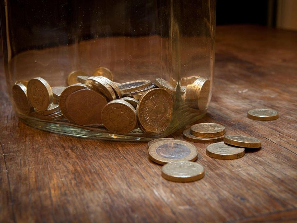 <p>British households lost more income during the pandemic than those in France and Germany, according to a report</p>