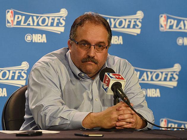 Stan Van Gundy on the podium. (Getty Images)
