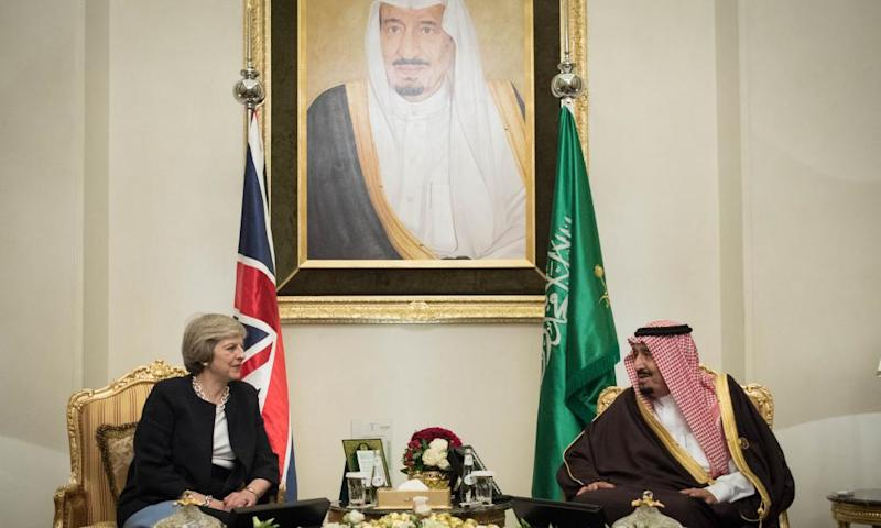 Theresa May with King Salman bin Abdulaziz