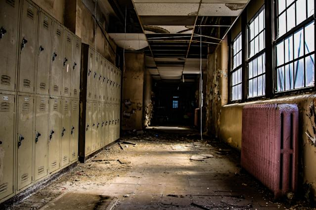 <p>Another corridor with lockers. (Photo: Leland Kent/Caters News) </p>