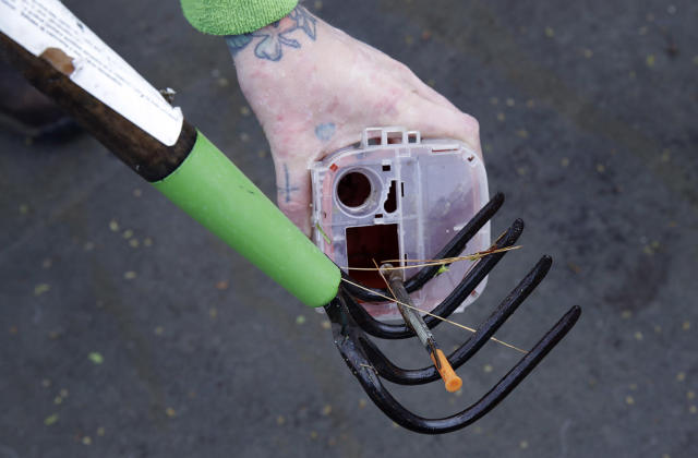 <p>A discarded hypodermic needle retrieved from a boom filled with waste collected on the Merrimack River in Chelmsford, Mass. In Portland, Maine, officials have collected more than 700 needles so far this year, putting them on track to handily exceed the nearly 900 gathered in all of 2016. In March alone, San Francisco collected more than 13,000 syringes, compared with only about 2,900 the same month in 2016. (Photo: Charles Krupa/AP) </p>
