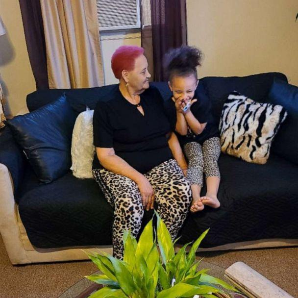 PHOTO: Dehvea Boxley sits with her great-grandmother. (Lashaunastey Turberville)